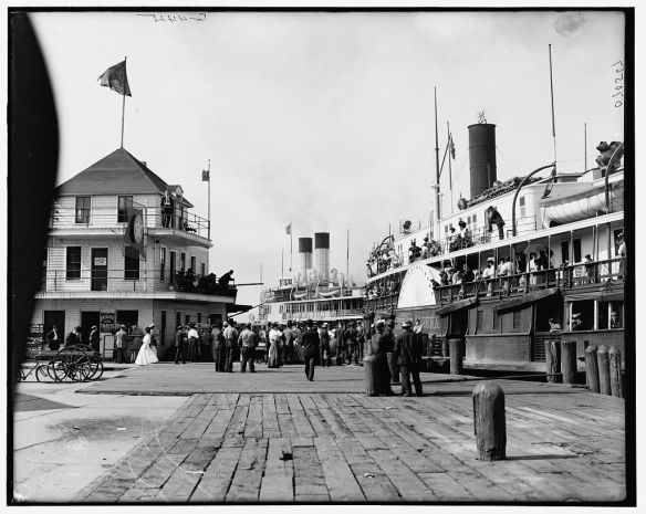 Port Huron, pier with steamers, c 1908